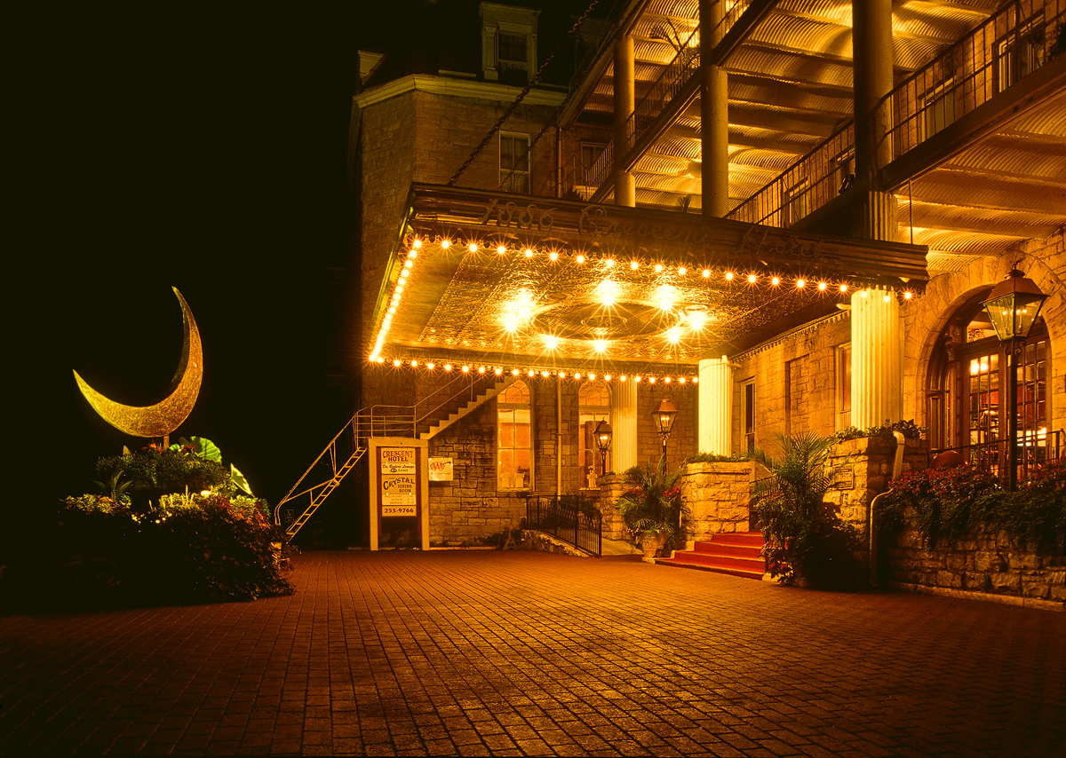 crescent hotel, eureka springs, arkansas, photo
